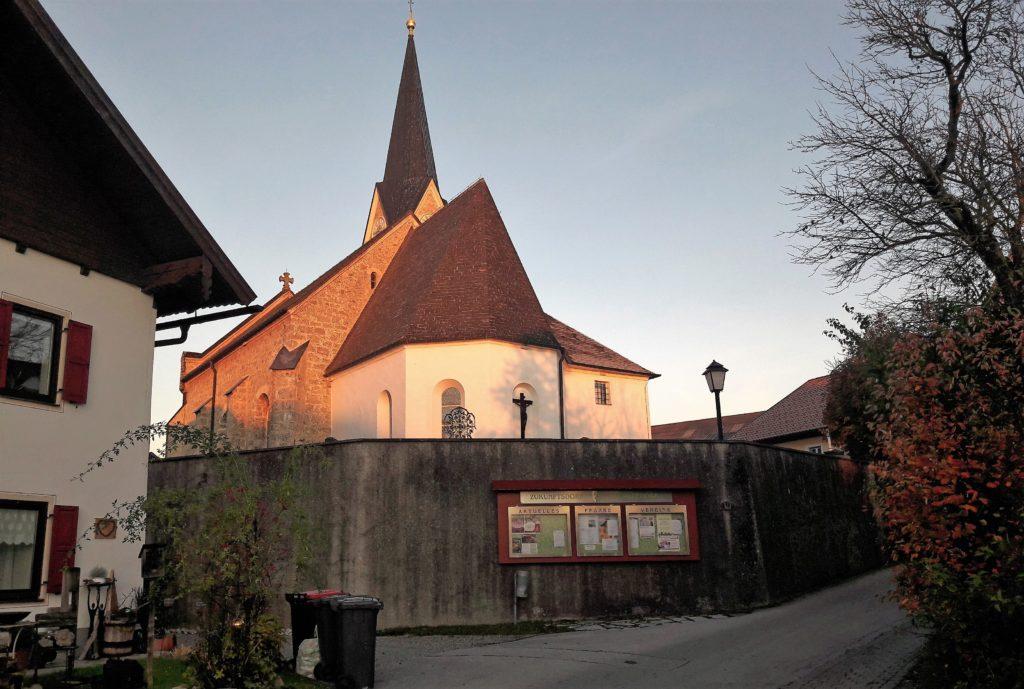 Pfarrkirchen Schleedorf im Abendrot