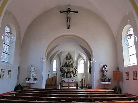 Kircheninnenraum aktuell
